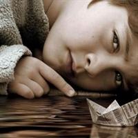 Aşırı Çekingen Çocuğa Nasıl Davranmalı ?