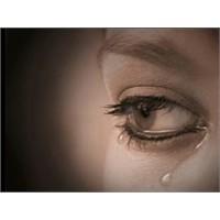 Kadın Gözyaşı Testosteron Seviyesini Düşürüyor!