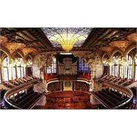 Barselona'nın Dünyaca Ünlü Konser Salonu