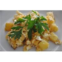 Kahvaltı İçin Patatesli Yumurta