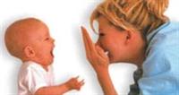 Çocuğunuzu Dizinizde Yatırın..