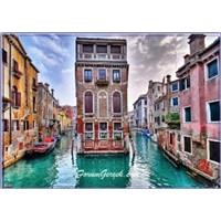 Venedik'te Gondol Sefası