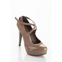 2012 İle Gelen İnce Topuklu Ayakkabı Modası