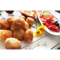 Mayasız Hamurla Fincan Böreği