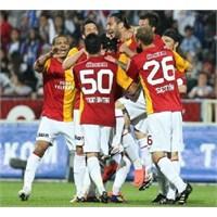 Galatasaray 15 Kişi Oynadı
