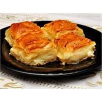 Laz Böreği Tarifi >>