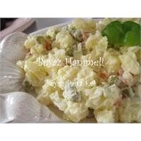 Klasik Bir Salata: Rus Salatası
