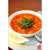 Yemek Cini - Domatesli Şehriye Çorbası