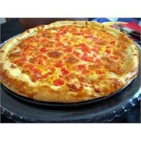 Kaşar Peynirli Pizza Tarifim