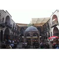 Diyarbakır'daydım