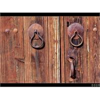 Kapılar....