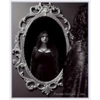 Ayna Ayna Söyle Bana Benden Daha Güzeli...