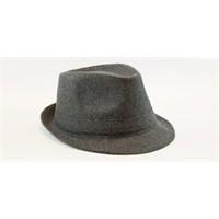 Şapka Ve Bere Kullanımı