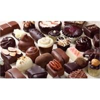 3.1 Milyar Dolarlık Çikolata Ve Şeker Tüketiyoruz