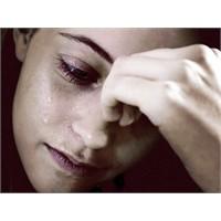 Neden Depresyona Kadınlar Yakalanıyor?