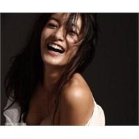 Stresi Azaltmanın Yolu Kahkaha Atmak