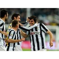 Siyahtan Beyaza Juventus