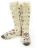 Anadolu Toplumunda Çorap Ve Eldivenler