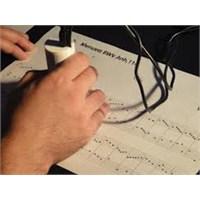 Kağıttaki Notaları Anında Çalabilen El Tarayıcısı