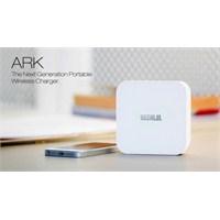 Ark'nin Taşınabilir Kablosuz Şarj Cihazı