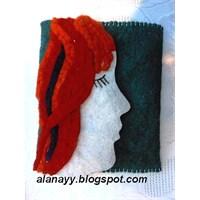 Turuncu Saçlı Kız- Keçe Cüzdan-