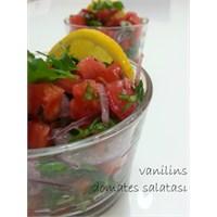 Domates Salatası Nasıl Yapılır