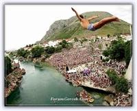 Mostar Köprüsünde Aşkı İspatlamak