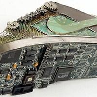 Elektronik Parçalarla Akılalmaz Tasarımlar