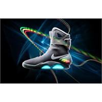 "Back To The Future ""Nike Air Mag"" Satışta"