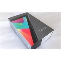Nexus 7, Kutudan Çıkmamak İçin Diretiyor