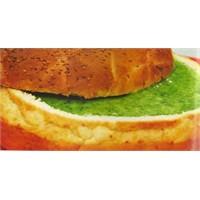 Ekmek Çanağında İspanak Çorbası