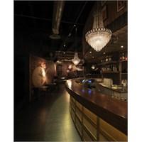 Andrea Langhi'den İtalya'da Sagamor Lounge Bar