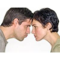 Kadın Boşanmayı Kolay Atlatıyor