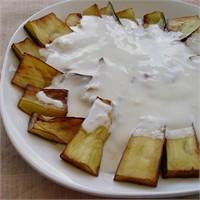 Yoğurt Soslu Patlıcan Kızartma - Yogurtkitabi.Com