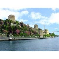 Mevsim Bahar Olunca, İstanbul'da Yaşamak Ne Güzel!