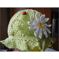 En Son 2011 Modeli Kız Çocuk Şapkaları