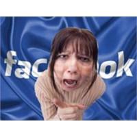 Ebeveynler Mutlaka Sosyal Medyada Bulunmalı