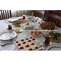 Öğlen Çayı Daveti- Birseninmutfagi.Com