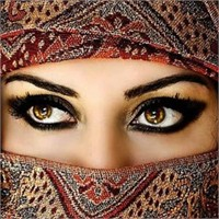 Arap Kadınlarının Makyaj Sırları