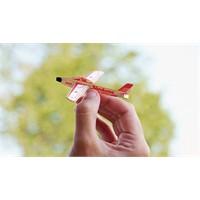 Model Uçağa Dönebilen Kartvizit