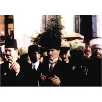 Mustafa Kemal Atatürk' Ün İslam' A Yaklaşımı