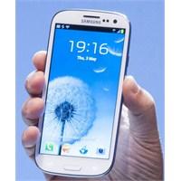 Galaxy S3'e İlk Güncelleme Geldi