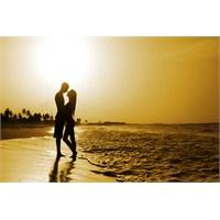 Erkekler İçin Romantik Olma Tavsiyeleri