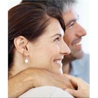 Erkekler, Gülümseyen Kadınları İstiyor