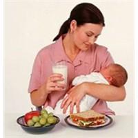 Emziren Anneler Nasıl Beslenmeli?