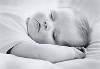 Bebeginize Uyumayı 7 Günde Öğretin