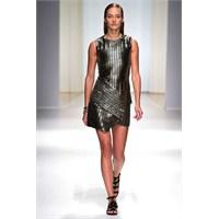 Moda:asimetrik Mini Etekler