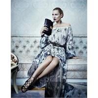 Salvatore Ferragamo'nun Reklam Yüzü Kate Moss