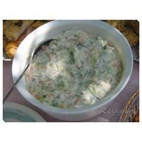 Çiğ Kabak Salatasi
