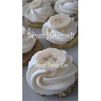 Beyaz Çikolata Kremalı Mini Pastacıklar
